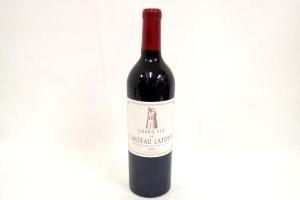 シャトーラトゥール 2010年 ワインを高価買取いたしました! 東京でお酒買取はストックラボにお任せ下さい!
