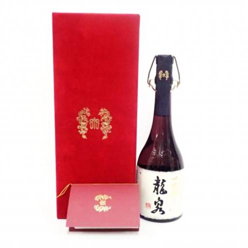 十四代(JUYONDAI) 龍泉 純米大吟醸熟成 16年 箱付き