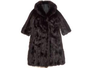 セーブル ロングコート 染めてある毛皮買取はストックラボにお任せ下さい! 東京 渋谷 青山 新宿 目白