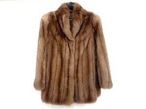 ロシアンセーブル ハーフコートを売るならお任せ下さい。 買取・査定はストックラボ!