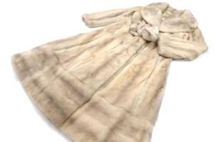 サファイアミンク デザインロングコート 高価買取いたしました。毛皮の買取はストックラボにお任せ下さい!