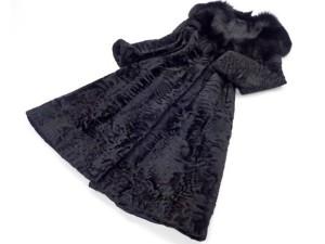 ブルーフォックス×スワカラ ロングコートを店頭買取にて埼玉県秩父市のお客様より高価買取いたしました。