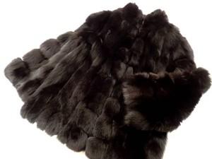 サガフォックス ブルーフォックス ブラックカラー セミロングコート 高価買取いたしました! 毛皮買取はストックラボにお任せ下さい!