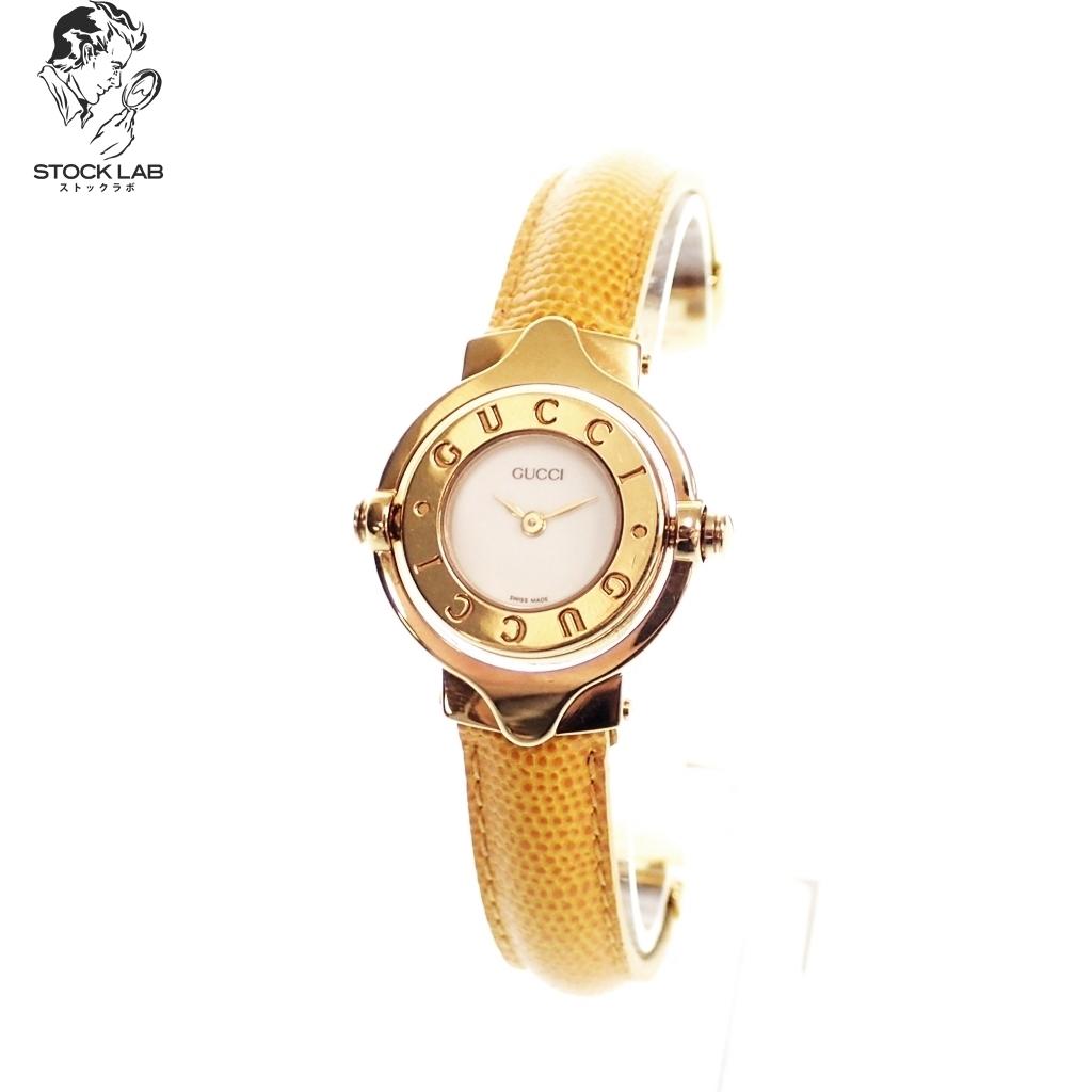 極美品♦GUCCI グッチ クォーツ 回転式フェイス 文字盤白 腕時計 バングルウォッチ ゴールド×黄いろケース付き